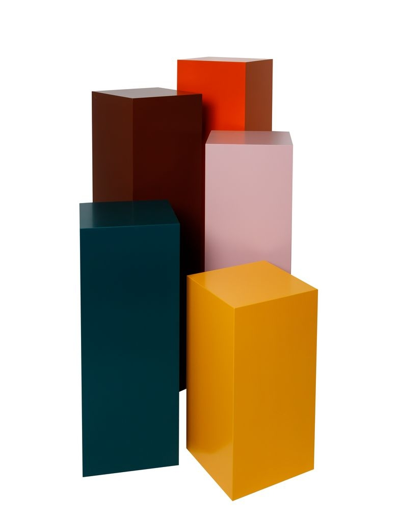 Solits plinth colour