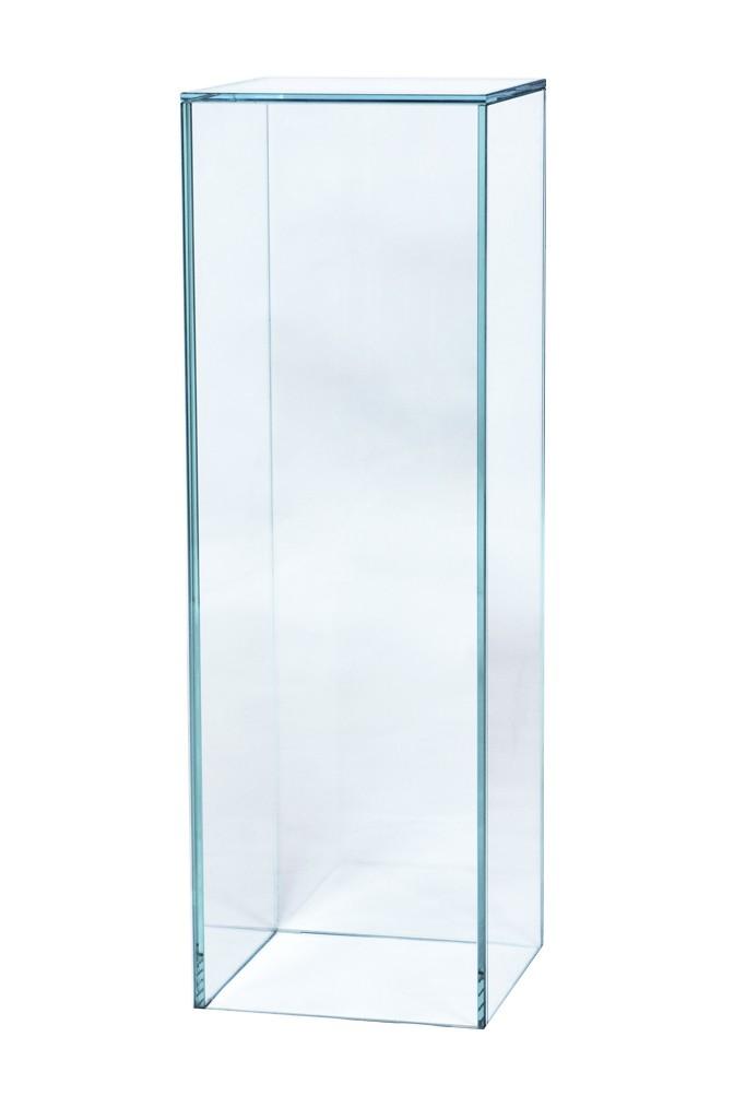 Glass plinth