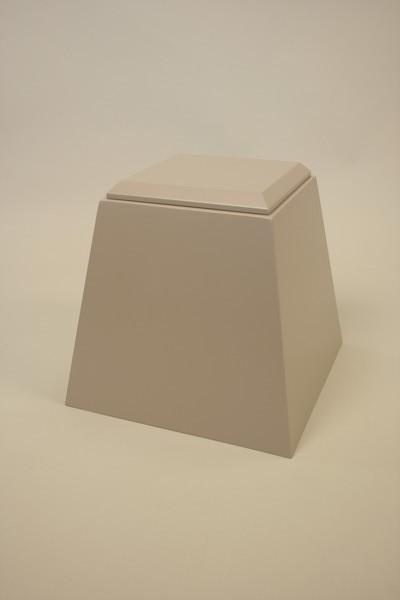 Pyramid-shaped plinth