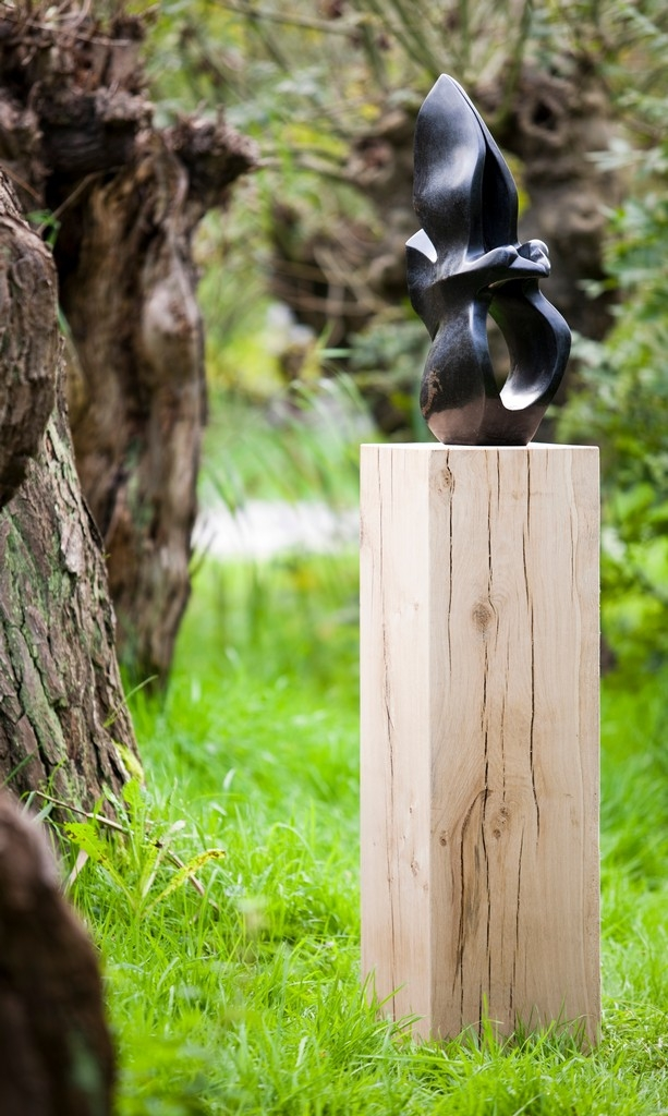 Oak wood plinth outdoor